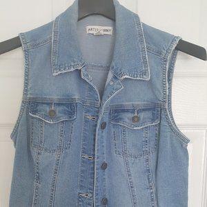Excellent Condition! Women's Jean Vest